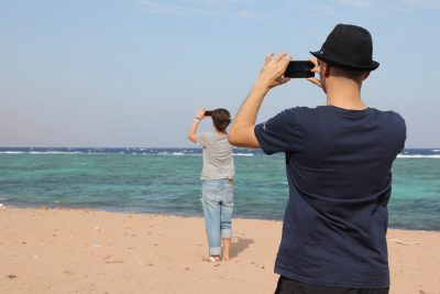 photography with smartphone at the beach